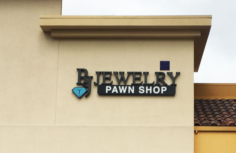 R&J Jewelry sign in San Jose, CA